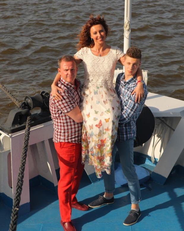 Наталья Сенчукова с мужем и сыном