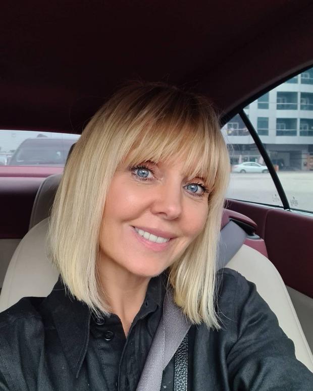 певица Валерия в машине