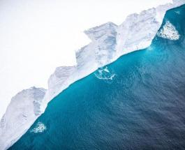 Самый большой айсберг дрейфующий по южной Атлантике попал в объективы камер RAF
