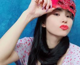 Фото красивой японки Рин Камбе длина волос которой превышает высоту ее роста