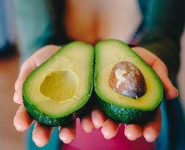 Чем авокадо полезен для здоровья: 7 причин добавить фрукт в ежедневный рацион