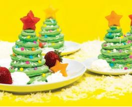 Новогодний десерт для всей семьи: кулинары выкладывают панкейки в виде елки