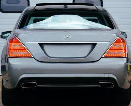 Злоумышленники разобрали элитный автомобиль прямо перед домом его владельца