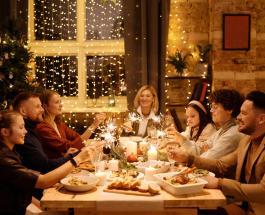 Как не допустить переедания за праздничным столом: 3 полезных совета