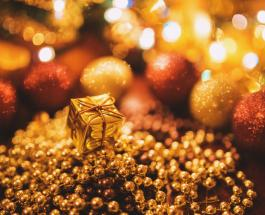 С Новым 2021 годом: яркие открытки и теплые слова поздравлений для друзей и семьи