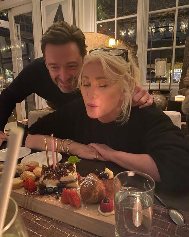 Хью Джекман с женой праздную ее день рождения