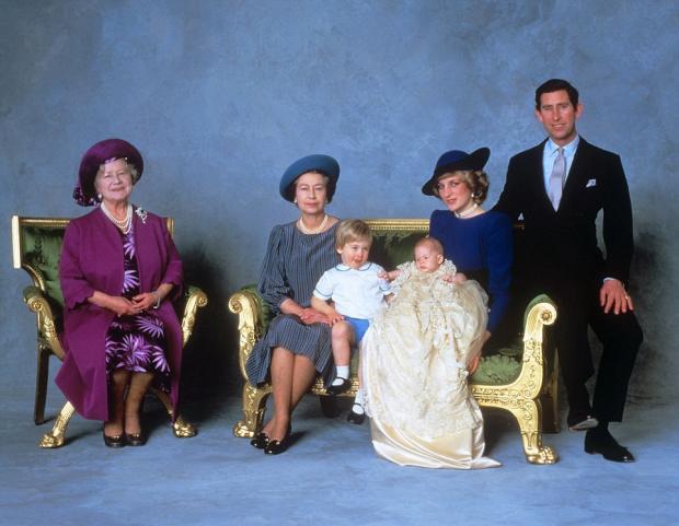 Портрет королевской семьи