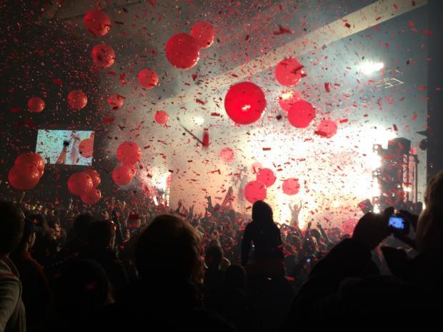 воздушные шарики и вечеринка