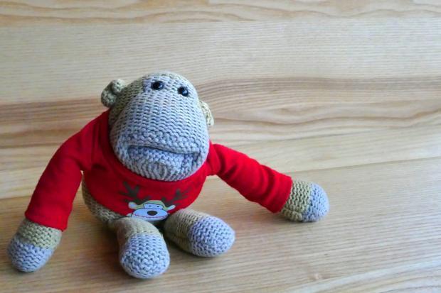 игрушка вязаная обезьяна
