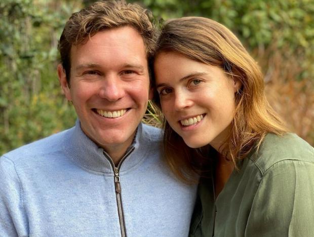 Принцесса Евгения без макияжа позирует вместе с мужем