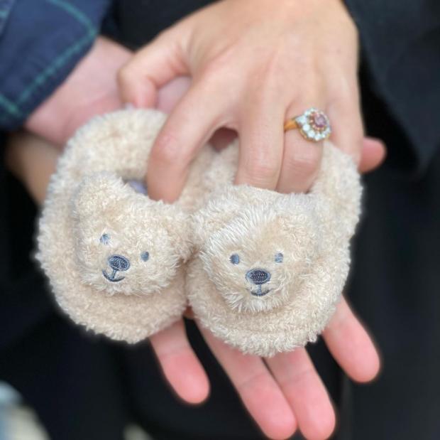 Детские тапочки с изображением мишек