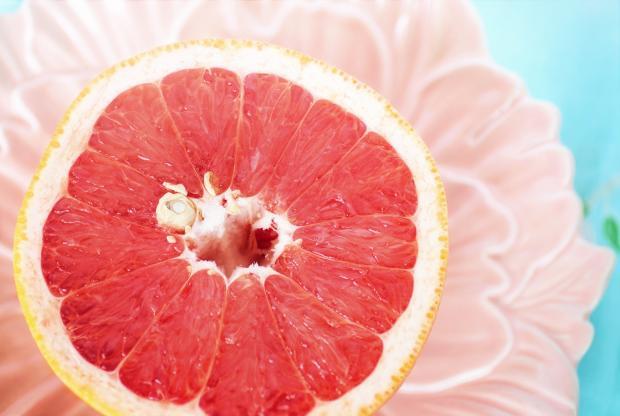 половина грейпфрута