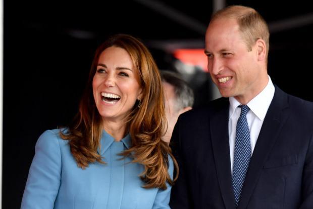 Кейт Миддлтон и Принц Уильям смеются