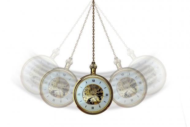 колебание ручных часов при гипнозе