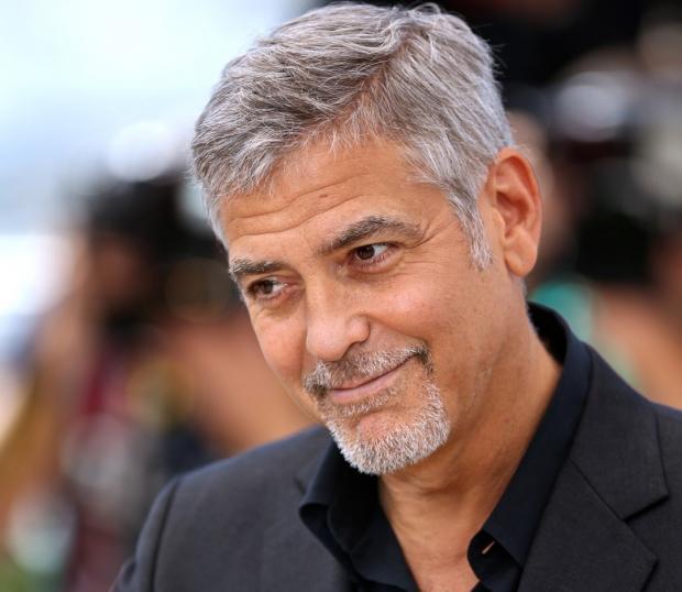 Седой Джордж Клуни