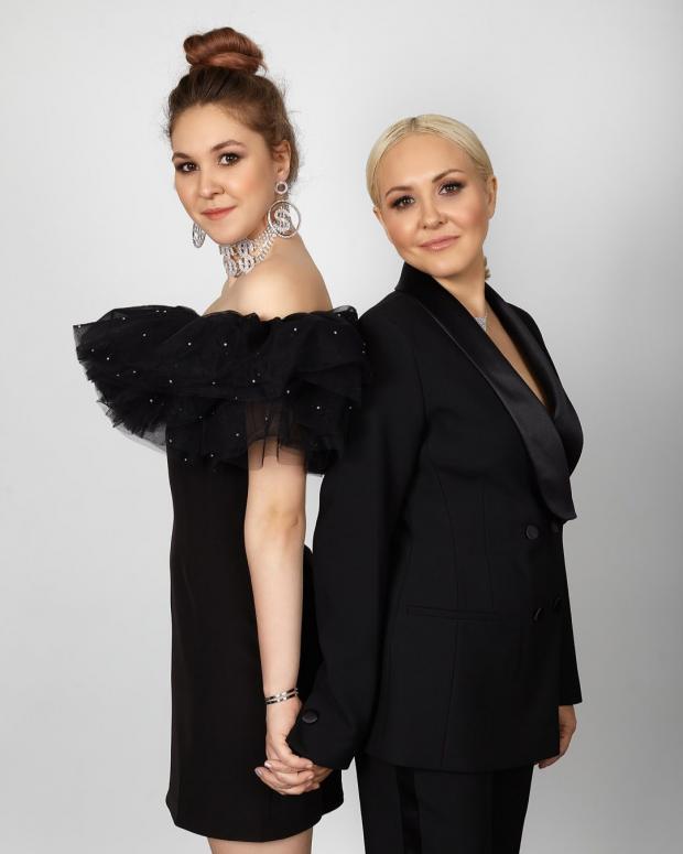 Василиса Володина с дочерью