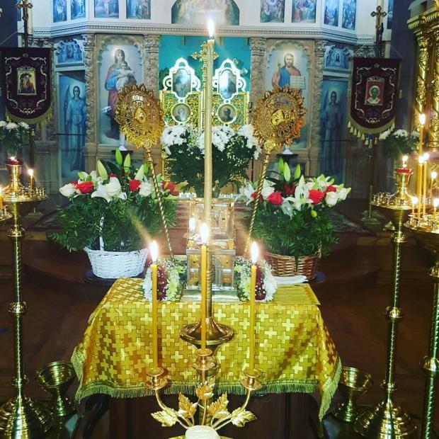 праздничное убранство храма Рождества Христова