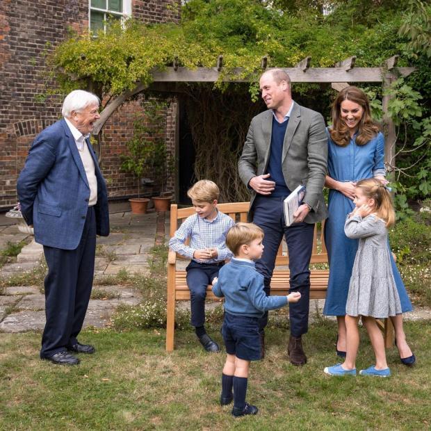 Кембриджи в саду Кенсингтонского дворца