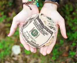 Самые щедрые филантропы: кто пожертвовал больше всего денег в 2020 году