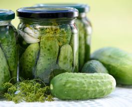 Соленые огурцы полезны для здоровья: топ-4 преимущества