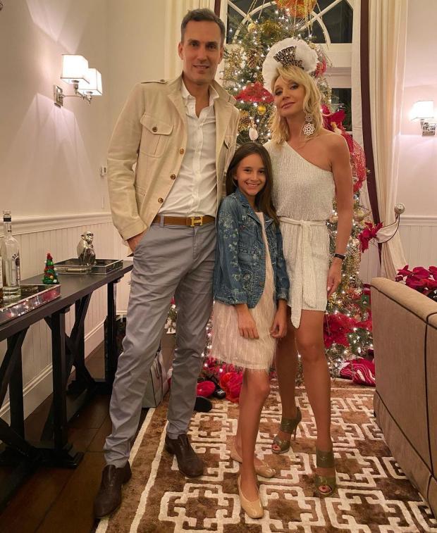 Кристина Орбакайте с семьей