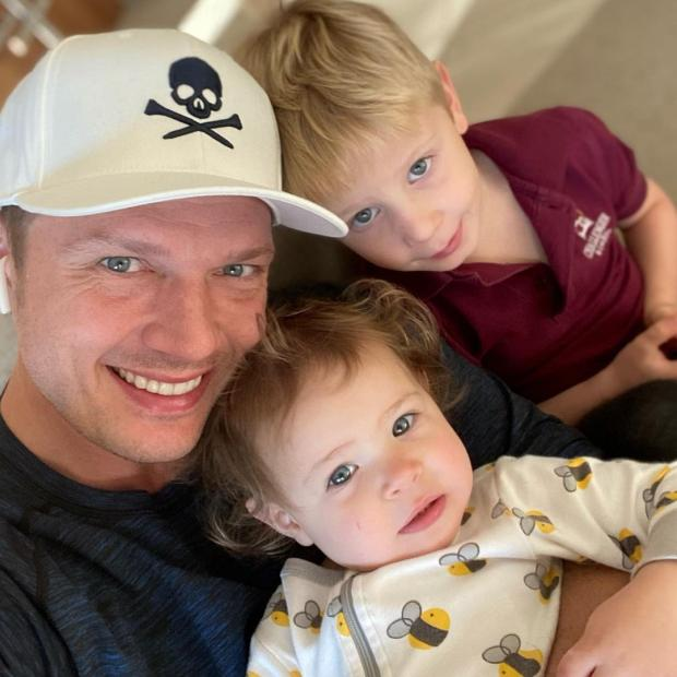 Ник Картер с детьми