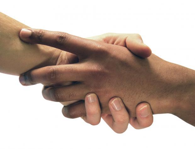 скрещенные руки