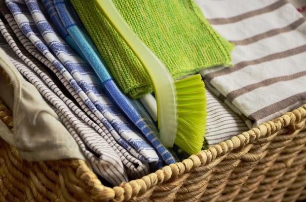 кухонные полотенца в коробе