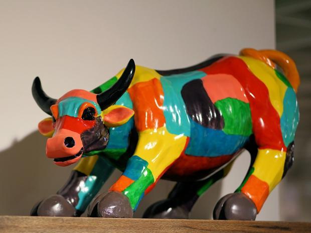 игрушка разноцветный бык