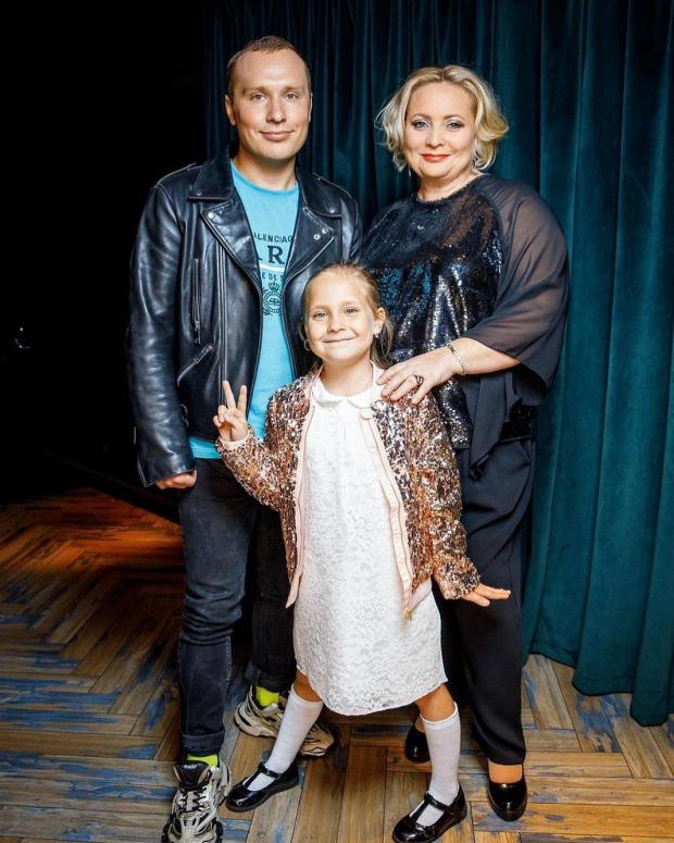 Светлана Пермякова с молодым гражданским мужем и дочерью