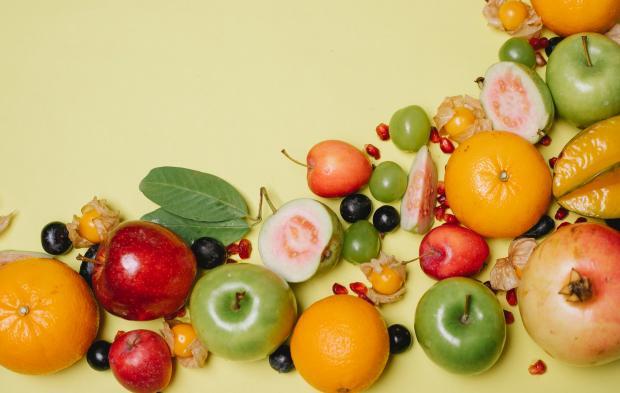 разнообразные фрукты