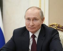Президент России Владимир Путин привился от коронавируса