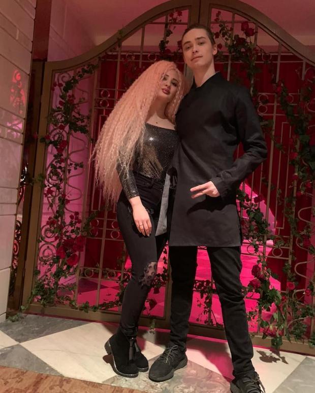 Архип Глушко с девушкой