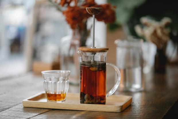 чай в кувшине