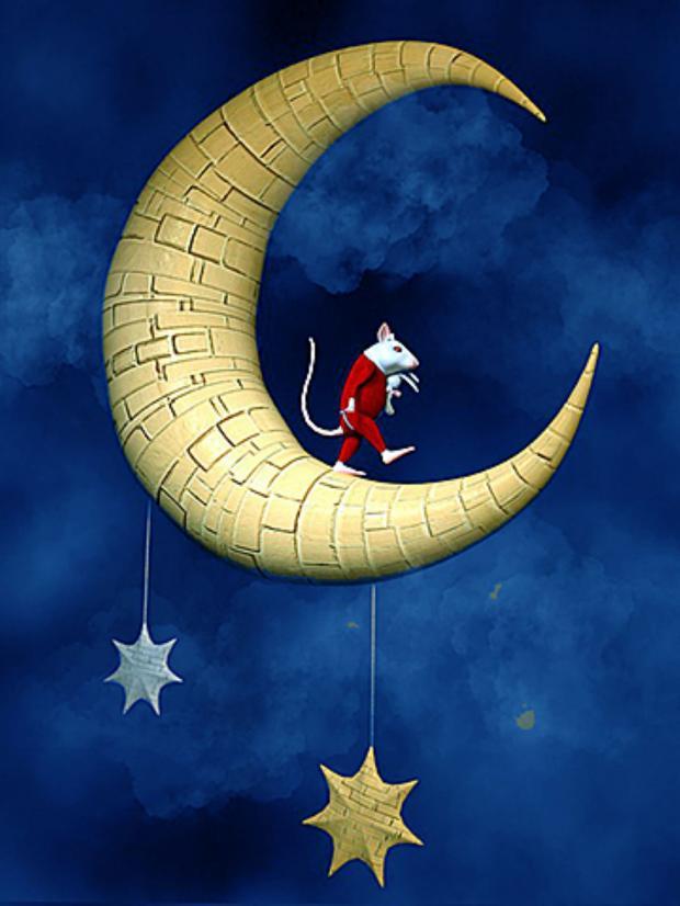 мышонок в красном костюме идет по месяцу в небе