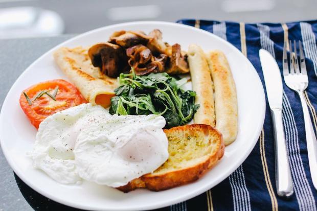 красиво сервированный завтрак
