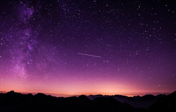 ночное небо, падающая звезда