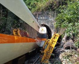 36 человек погибли в результате крушения поезда на Тайване