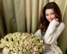 Анна Заворотнюк поздравила маму с 50-летием и попросила поклонников молиться за актрису