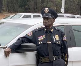 Самый старый полицейский работает в США: 91-летний Смит и не думает выходить на пенсию