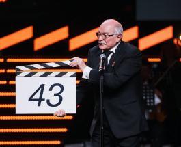 ММКФ 2021: фото Мерьем Узерли и других звезд на красной дорожке