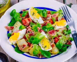 Салаты на Пасху: 3 блюда с вареными яйцами порадуют домочадцев и восхитят гостей