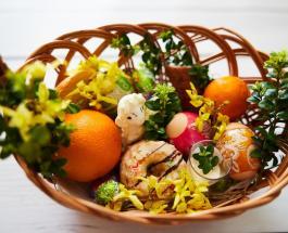 Пасхальная корзина: какие продукты нужно святить в церкви и подавать на стол