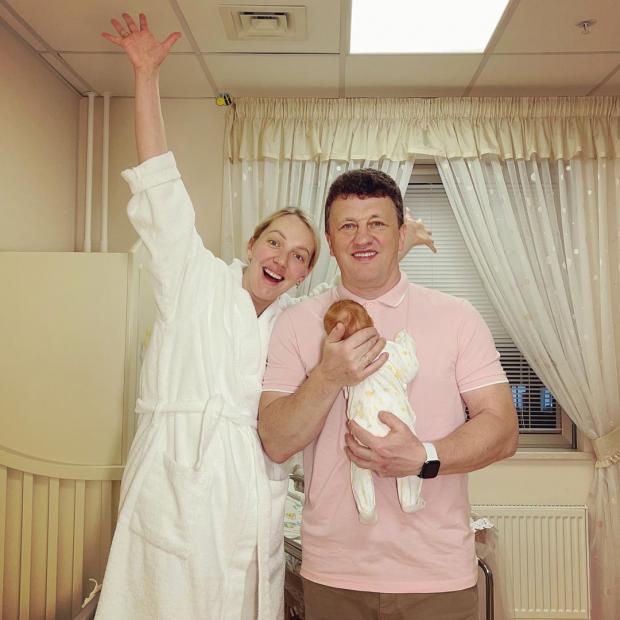 Галина Боб с мужем и дочкой
