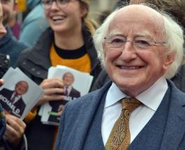 Питомец президента Ирландии стал звездой сети: забавное видео интервью политика