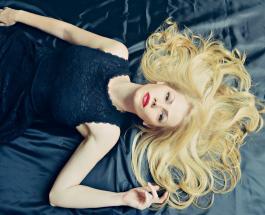 Почему выпадают волосы: 7 основных причин