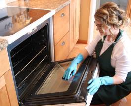Как очистить стекло духовки внутри и снаружи: 4 полезных совета