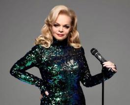 65-летняя Лариса Долина в стильном наряде восхитила поклонников новым фото