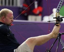 Безрукий лучник мечтает завоевать золото на Паралимпийских играх: история Мэтта Штуцмана