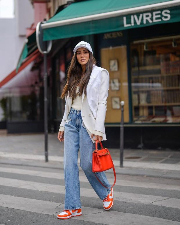 широкие джинсы в моде летом 2021 года